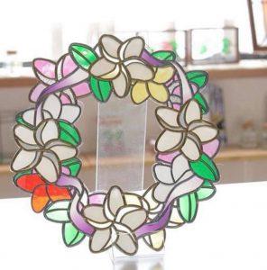 プルメリアの花リースのグラスアート