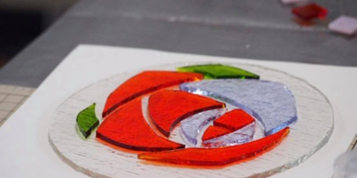 ガラスフュージングのバラ